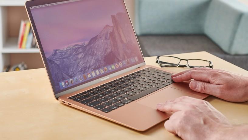 MacBook Air 2029 photo 1