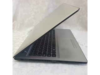 Lenovo IdeaPad 300-15ISK /core i5-6200U